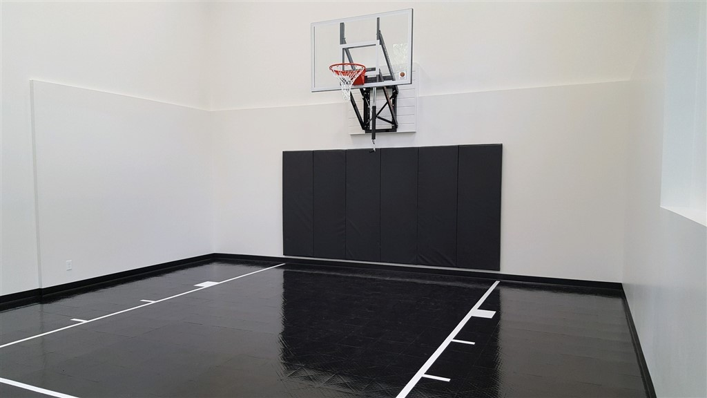 2017 Parade of Homes_City Homes_Excelsior_Indoor Basketball Court with SnapSports athletic tiles in All Black